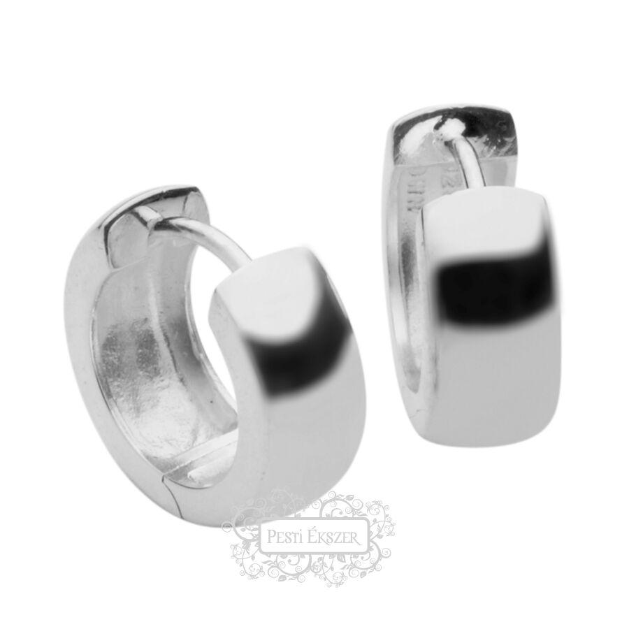 Silvertrends fülbevaló ST644
